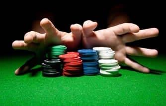 Poker Çipleriyle Bahis Yapın